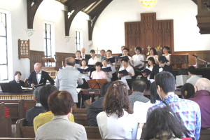 5月18日、聖路加国際大学聖ルカ礼拝堂聖歌隊と東京マリンバ・アンサンブルによる演奏会が開かれました。